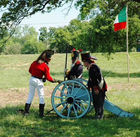 Reenactors fire cannon at 2016 San Jacinto Festival